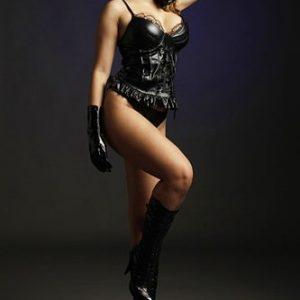 Mistress Larizia